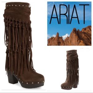 ARIAT Music Row 🎶 Suede Boots